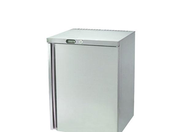 Razatoare si camere frigorifice pentru depozitarea carnii
