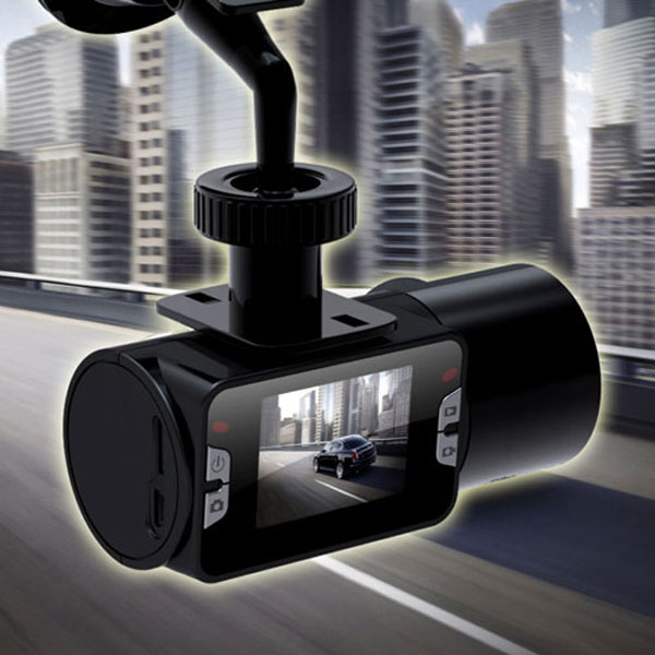 car-carmera-hd-720p-lcd-vehicle-cam-road-video-recorder-1