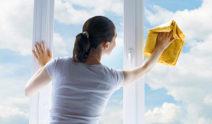 cum-se-spala-geamurile-eficient